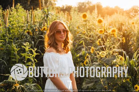 Riley Pfeifer Sunflower watermarked-7.jpg