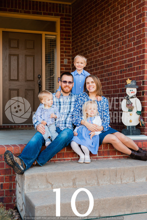 Zeller Family Watermarked-10.jpg