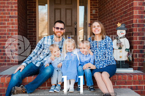 Zeller Family Watermarked-11.jpg