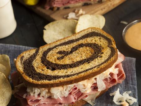Classic Reuben Sandwhich - Corned Beef Brisket