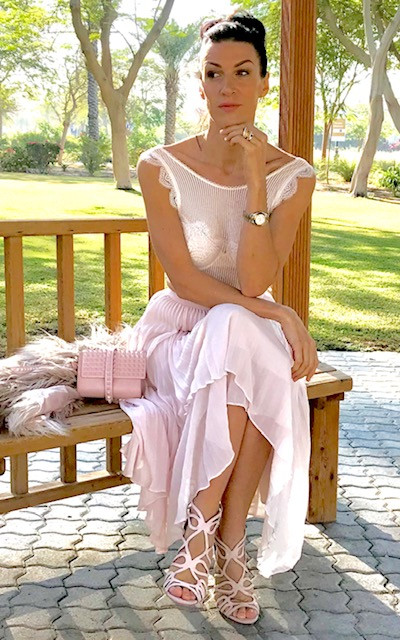 henrieta duffner, henrieta, duffner, fashion, designer, dubai, garden, dress. victoria secret, estelle, dress, long dress, plisse, skirt, dress, country dress,pink, white, studio, brand,