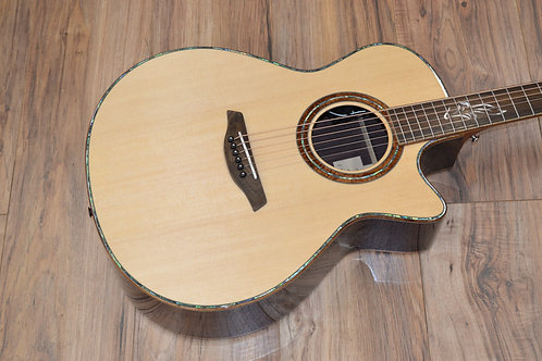 Furch Red Series Master's Choice GCSR Rosewood and Spruce IN STOCK