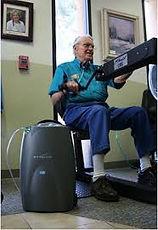 Trainen met EWOT onstekingsremmende zuurstoftherapie kan geenvoudig thuis ongeacht leeftijd of conditie.