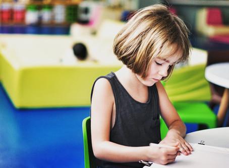 Laissez nos gouvernements vous aider à payer les études de vos enfants!