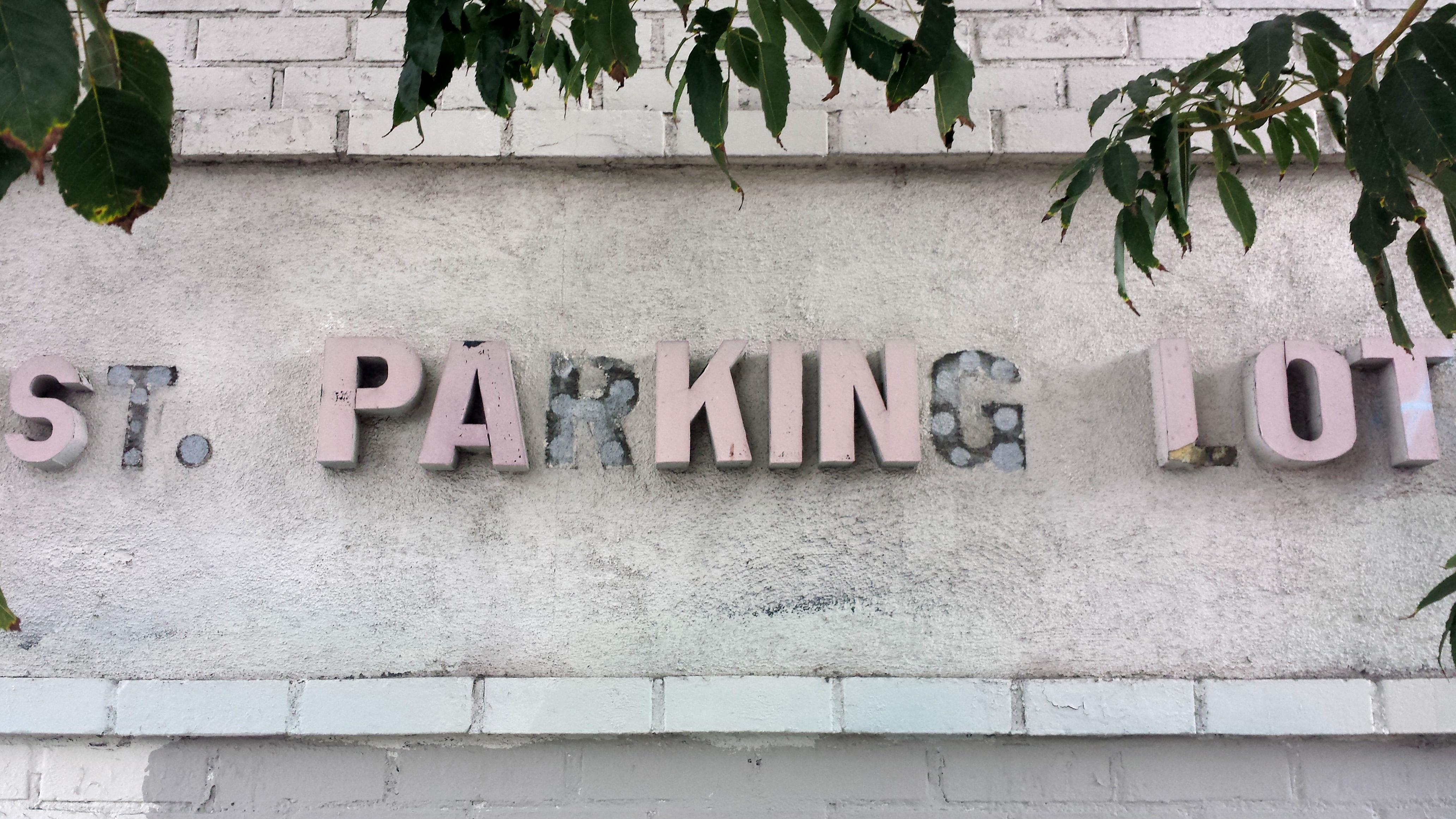 20171101_144526. Pink Parking Sign