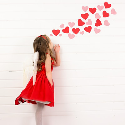 Cora and Lydia- Cupid & Kisses Mini Session
