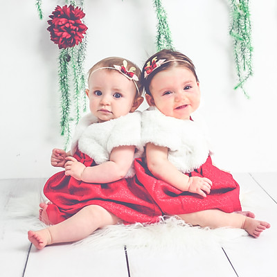 Holiday Mini Session-Cousin Love