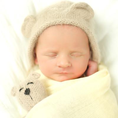 Esther Ramona Newborn