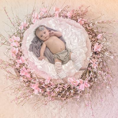 Raelyn Ann Smith- 1 Month