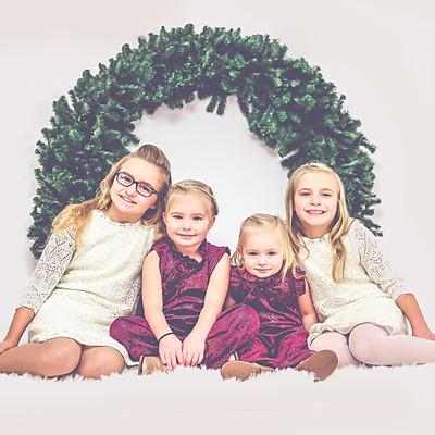 Holiday Mini Session- Knevel Girls