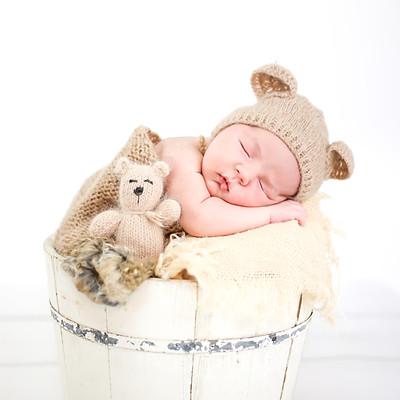 Liam Isaac Randall Newborn