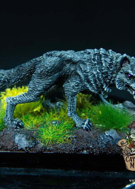 Grauer Wolf (Dark Sword Miniatures)