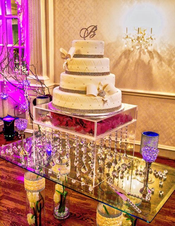 Raised Cake Stand