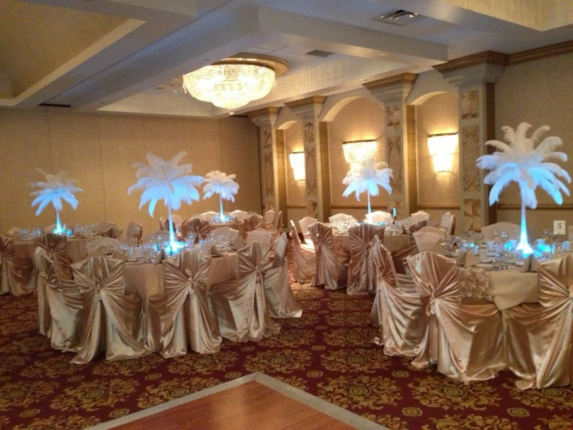 White LED PLUME Centerpieces