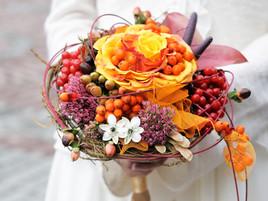 【結婚式の疑問】目指せオシャレコーデ!*ブーケとドレスの組み合わせ*