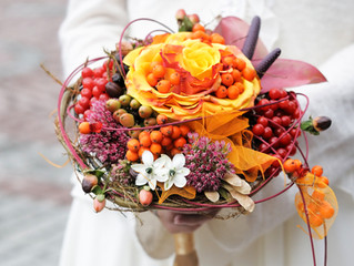 Fun Fall Wedding Decor How-To: Themes, Colors, Unique Ideas and More