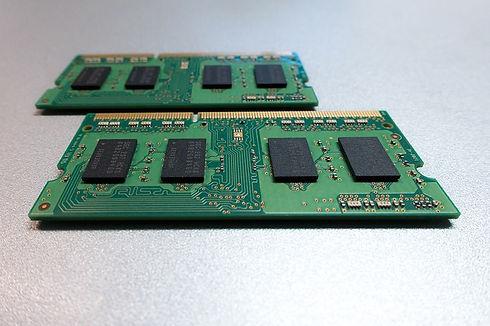 printed-circuit-board-1911693_640.jpg