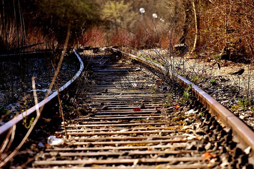 rails-3371495_1280.jpg