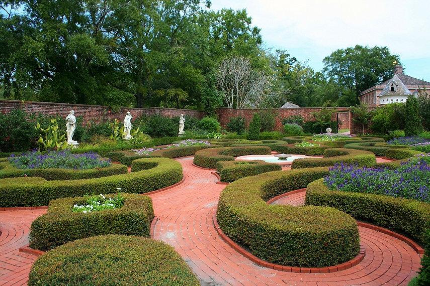 knot-garden-58452_1280.jpg