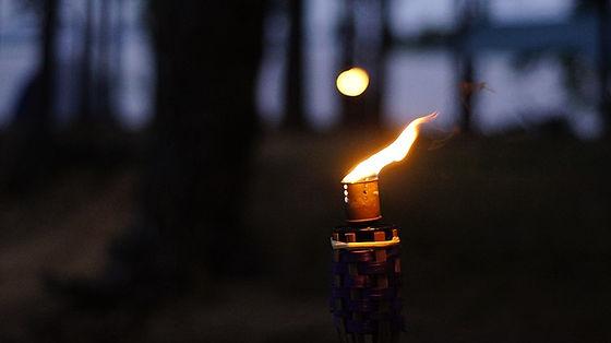 torch-3620873_640.jpg
