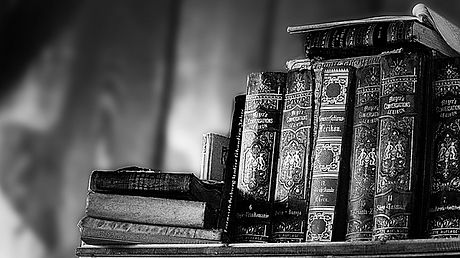 library-3115371_640.jpg