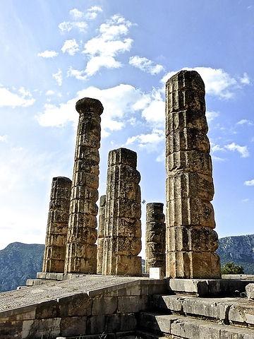 columns-800450_640.jpg