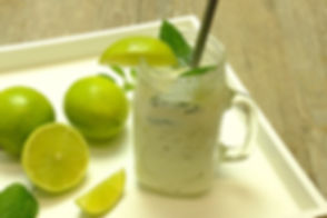 drinking-yoghurt-3480675_640.jpg