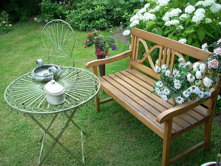 garden-171841_1280.jpg