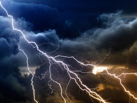 Météo: Mercredi 19 juillet 2017: Dégradation orageuse en Auvergne, soleil et chaleur à l'est, in