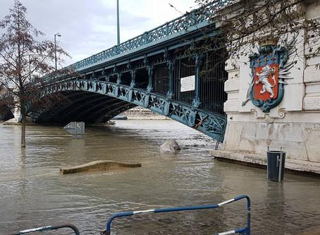 AUVERGNE/RHÔNE-ALPES: La région endeuillée par la tempête Eleanor, subit maintenant des inondations!