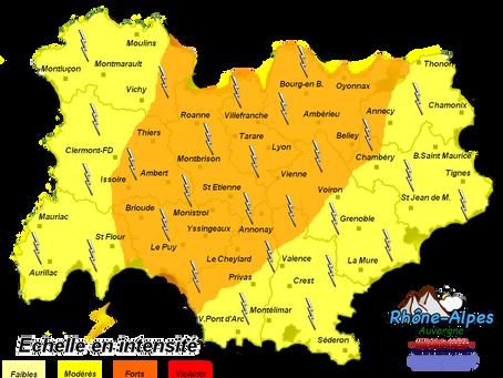 Météo: Risque de forts orages cet après-midi et ce soir entre le massif-Central et le Jura!
