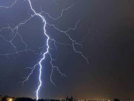 AUVERGNE/RHONE-ALPES : Nouveau risque d'orages violents dès ce dimanche et la semaine prochaine !