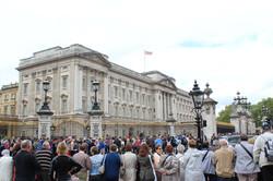 Bucking Palace with people, London (1)