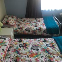 Twin bedroom 23 (1).jpg