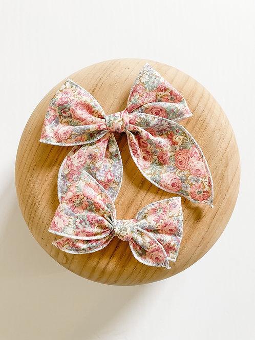 LTD Quinn | Pink Floral Hair Bows