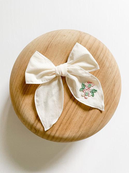 LTD Raelynn | Embroidered Appliqué Bow
