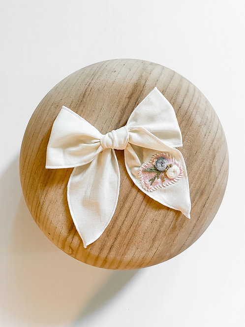 RTS Marianne | Hand-Embroidered Hair Bow