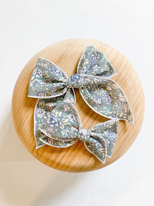 LTD Zoe | Blue Floral Hair Bows