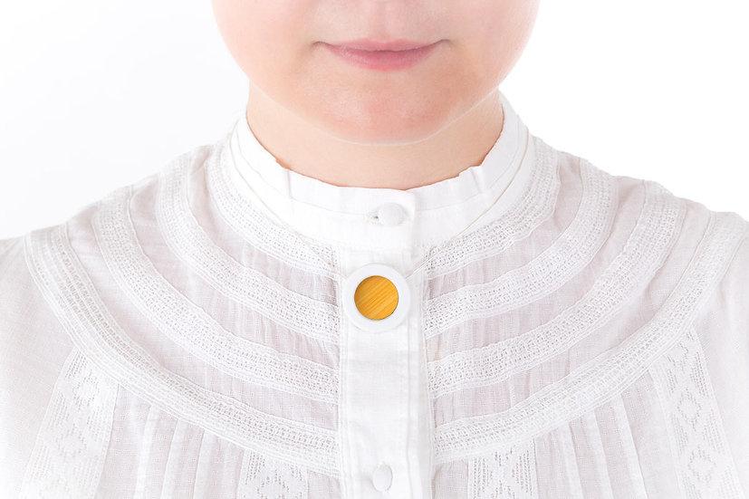 L'Atelier du Blanc - Collier petit pendentif Jaune d'or   Paille & Porcelaine