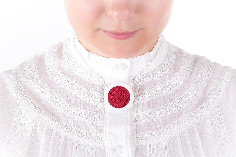 L'Atelier du Blanc - Collier pendentif rond Rose Fuchsia | Paille & Porcelaine