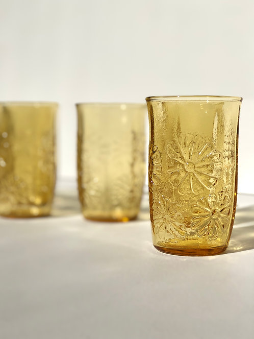 daisy juice glasses by anchor hocking