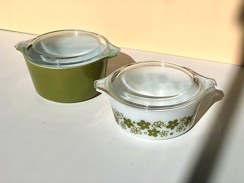 pyrex baking dishes with flat lids