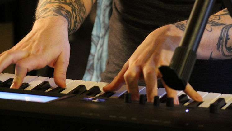 jonah-hands_edited.jpg