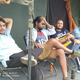 Group camping nainital.jpg