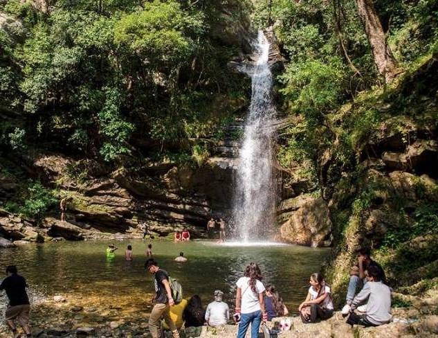 bg waterfall.jpg