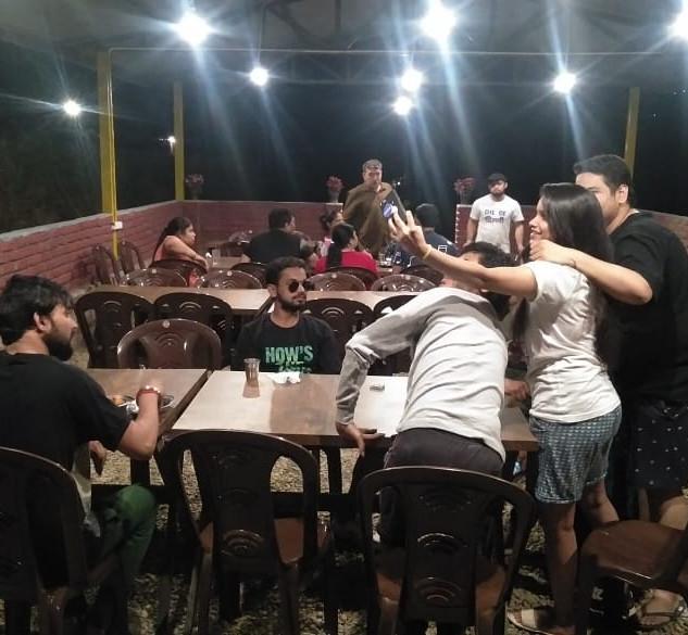 group enjoying in dining.jpg