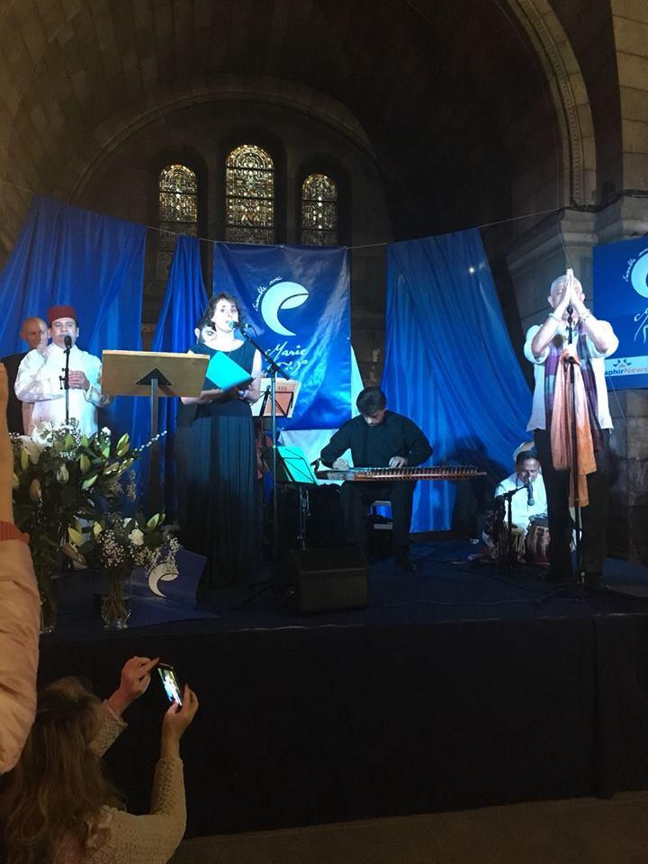 Chant de Dorothée Perreau, Anas Ben Moussa et Azzedine Addach