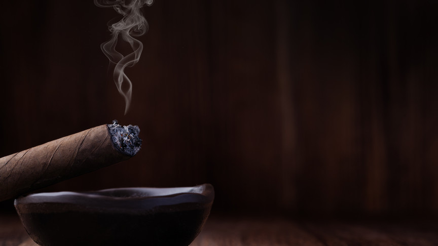 cigar-7AJFGMX.jpg