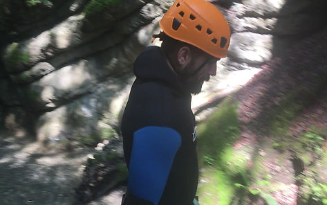 Comment sauter en sécurité en canyoning? canyoning annecy, araviscanyoning