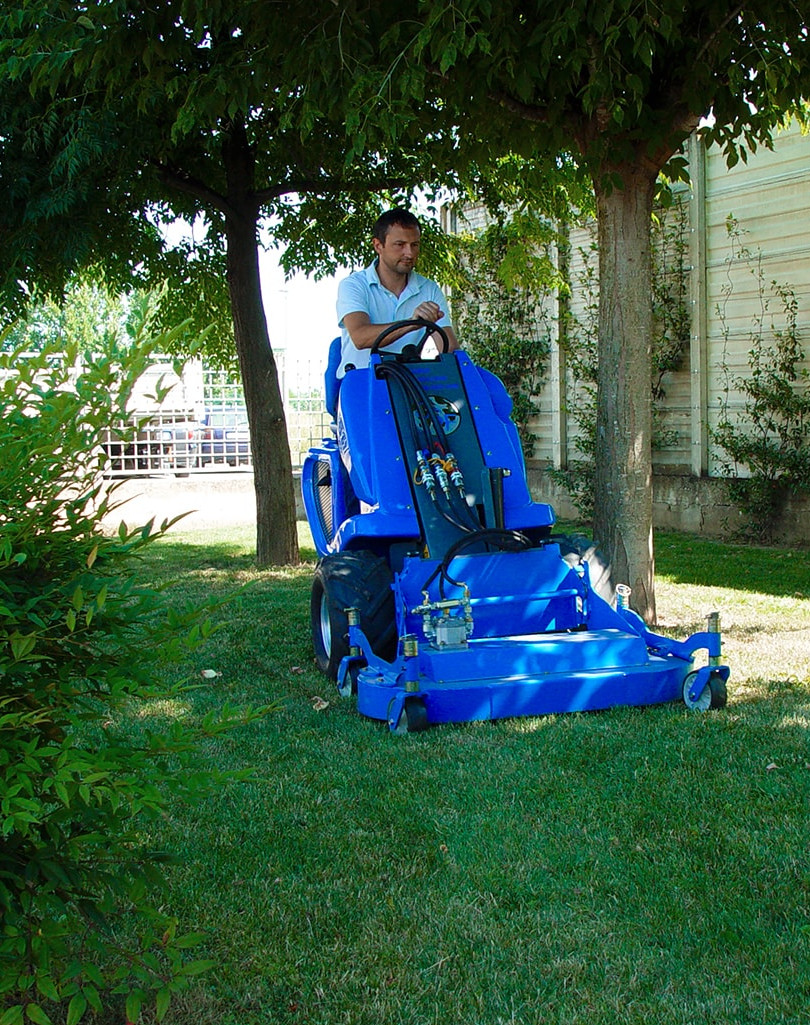 MultiOne-mini-loader-1-series-with-lawn-mower.jpg